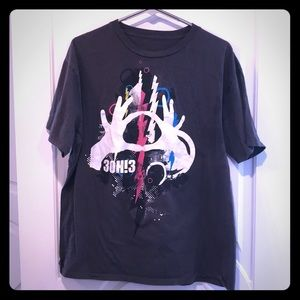 3oh!3 XL gray blue and pink band T-shirt
